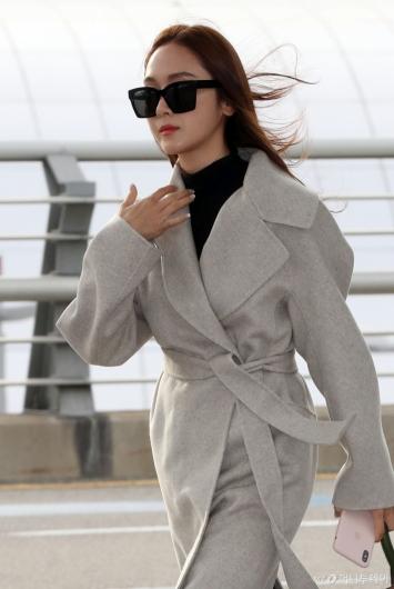 [사진]제시카 '바람에 날리는 머릿결'