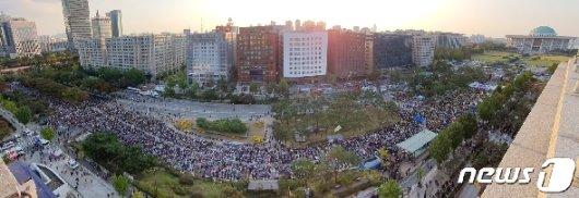 [사진] 국회 앞 검찰개혁 10번째 촛불문화제