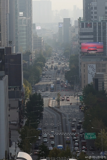 [사진]'미세먼지 예비저감조치' 차량 2부제 시행
