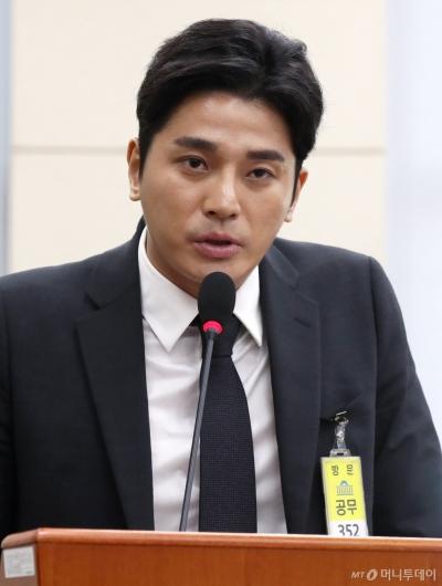 [사진]답변하는 버닝썬 최초제보자 김상교