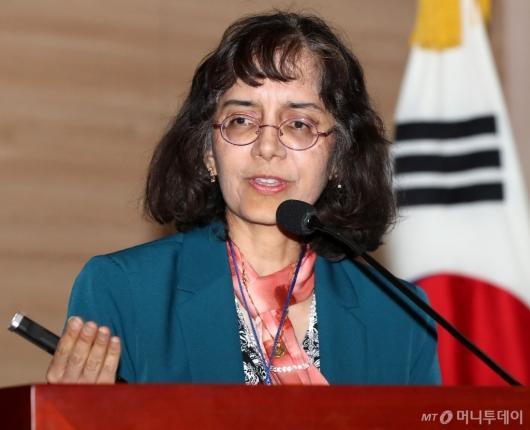 [사진]수니타 사티아팔, 수소경제 추진 전략 발표