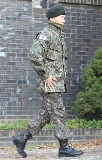 [사진]군 복무 마친 지드래곤