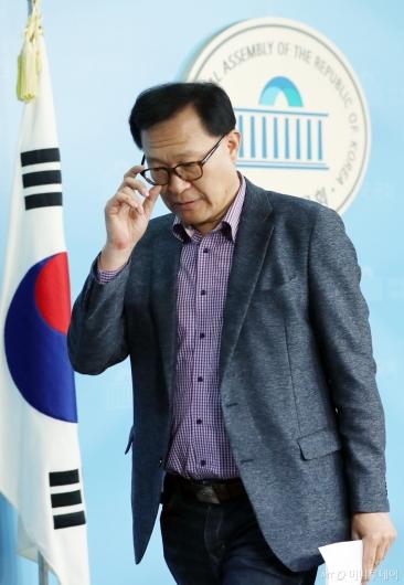 [사진]문병호 최고위원, 바른미래당 탈당