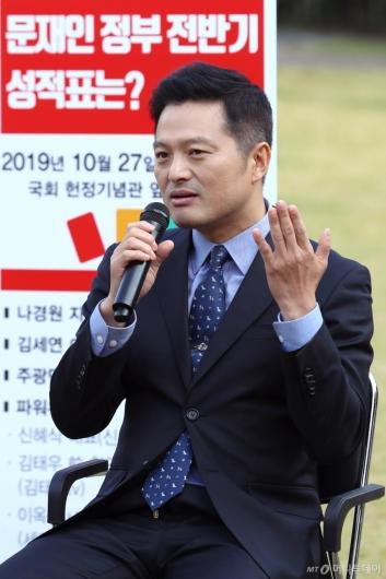 [사진]발언하는 김태우 전 청와대 특별감찰관