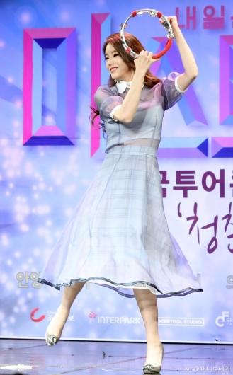 [사진]박성연 '템버린 여신'