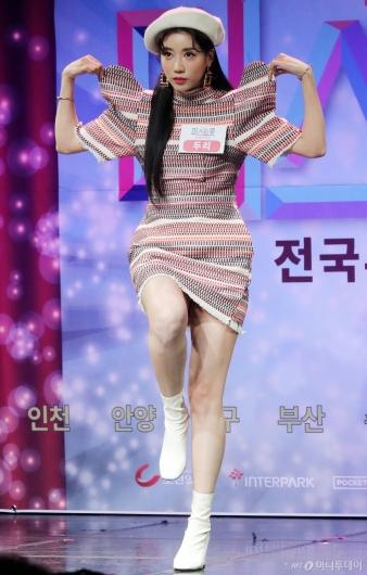 [사진]두리 '예능감 충만한 포즈'
