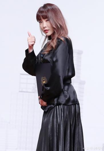 [사진]홍진영 '금융의 날' 국무총리 표창 수상