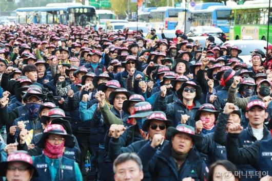 [사진]건설노조 총파업 결의 '주휴수당 지급하라'