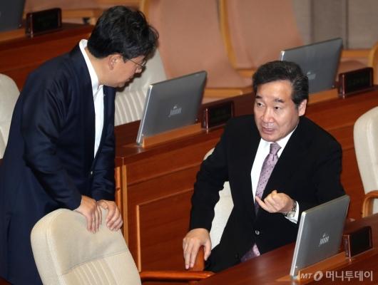 [사진]대화하는 이낙연-박양우
