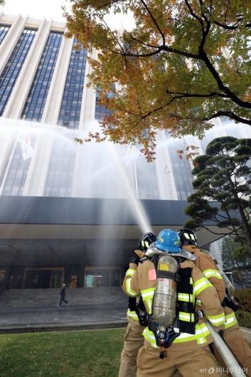 [사진]신속한 화재진압