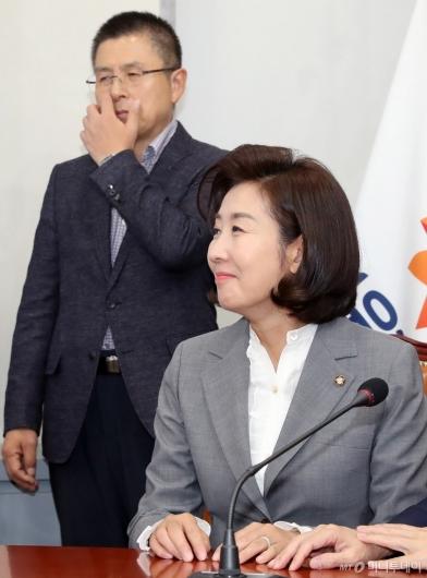 [사진]영입인재 환영식 참석한 황교안-나경원
