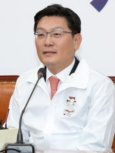 [사진]소감 말하는 김성원 전 두산중공업 부사장