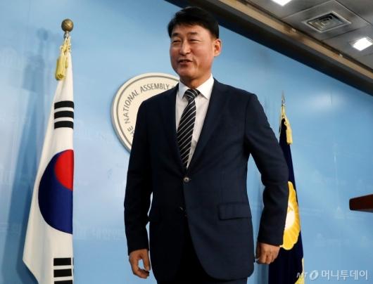 [사진]황영철, 의원직 상실