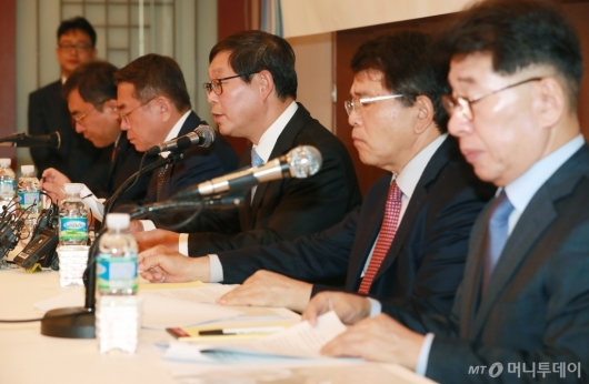 [사진]경제5단체, '52시간제 보완' 등 경제관련법 조속입법 촉구