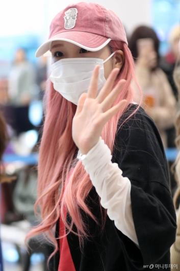 [사진]주이 '오늘도 핑크하게'