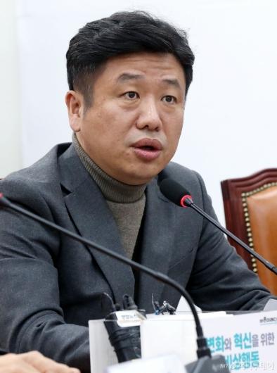 [사진]발언하는 유의동