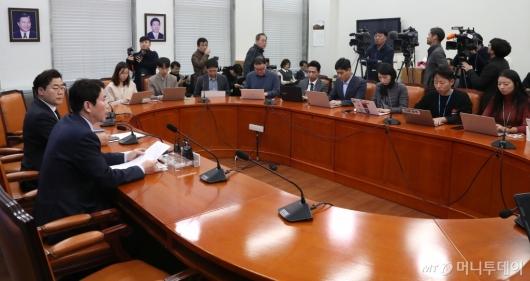 [사진]기자간담회 갖는 이인영