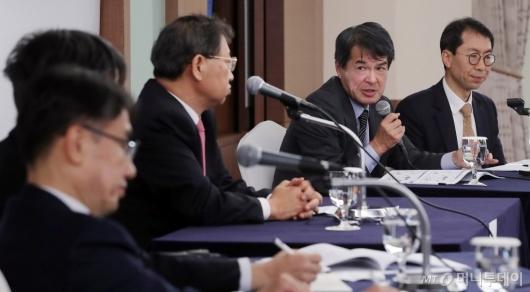 [사진]한일경제관계 개선 방안 토론