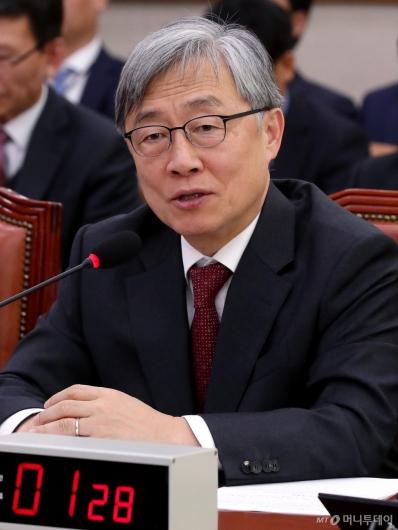 [사진]국회 국방위 출석한 감사원장