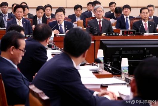 [사진]국회 법사위 전체회의