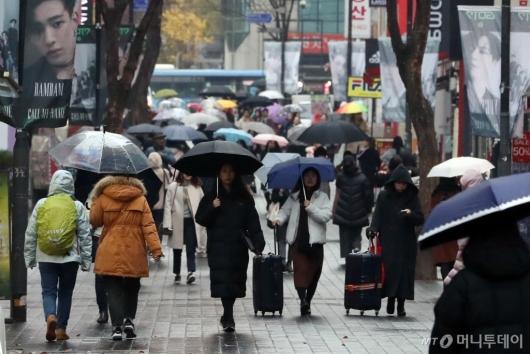 [사진]비 내리는 서울 도심