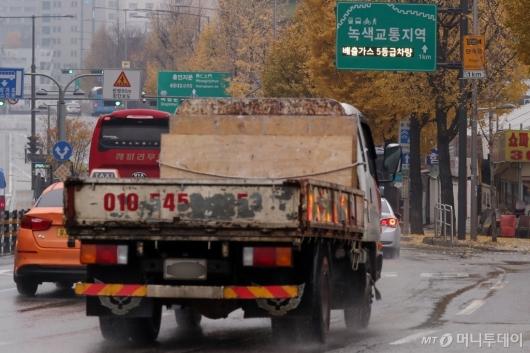 [사진]배출가스 5등급 차량 '단속 시작'