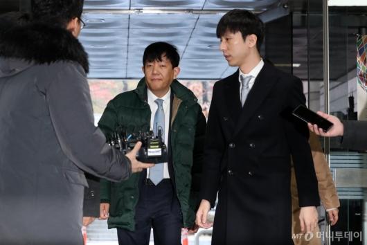 [사진]이재웅-박재욱 대표, 영장실질심사 출석
