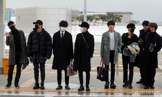 [사진]출국하는 방탄소년단