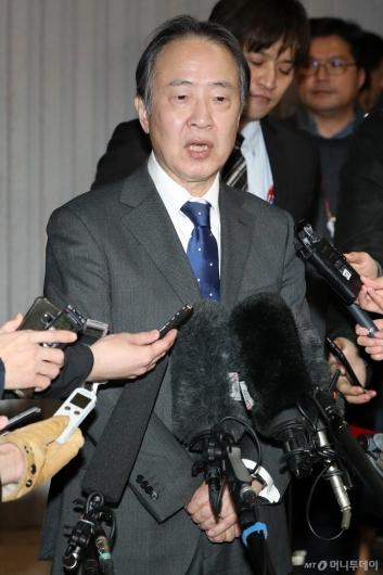 [사진]소감 말하는 도미타 고지 신임 주한 일본대사