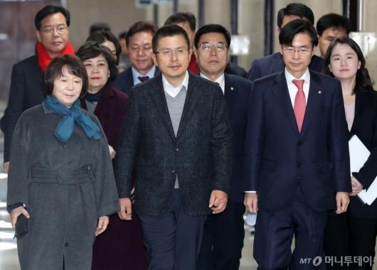 [사진]나경원 없는 한국당 최고위