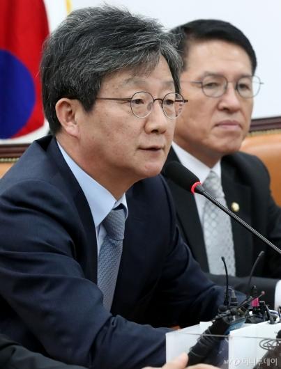 [사진]발언하는 유승민 의원