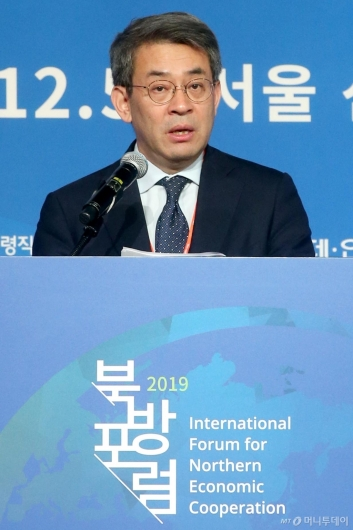 [사진]축사하는 권구훈 북방경제협력위원장