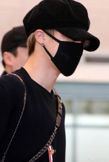 [사진]BTS 지민 '귀걸이가 포인트'