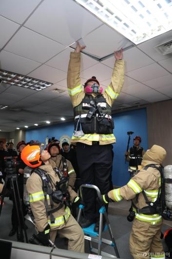[사진]국회 정론관에서 화재가?