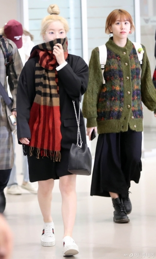 [사진]다현-채영 ' MAMA 시상식 다녀왔어요'