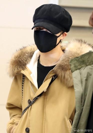 [사진]BTS 지민 '매력눈빛'