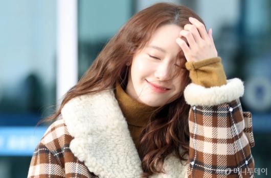 [사진]윤아 '햇살만큼 따뜻한 미소'