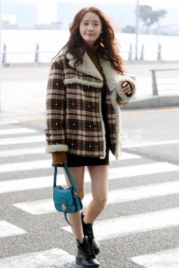 [사진]윤아 '걷기만 해도 화보'