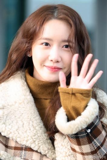 [사진]윤아 '초롱초롱 눈웃음'