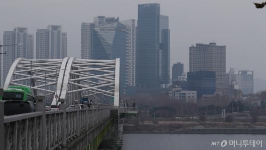 [사진]중국발 미세먼지 휩싸인 서울