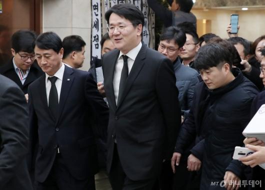 [사진]김우중 전 회장 빈소 조문 마친 조원태 회장