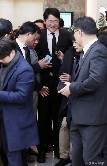 [사진]김우중 전 회장 빈소 찾은 조원태 회장