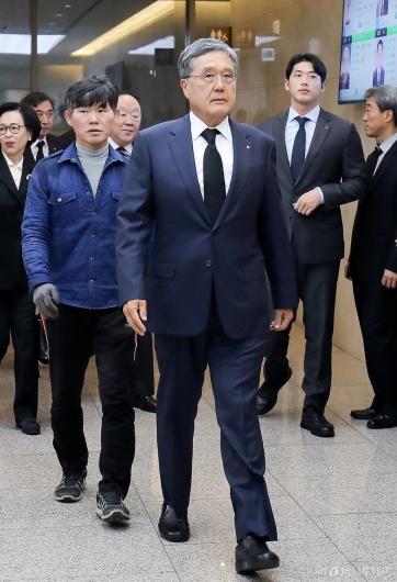 [사진]김우중 전 회장 빈소 찾은 방상훈 사장