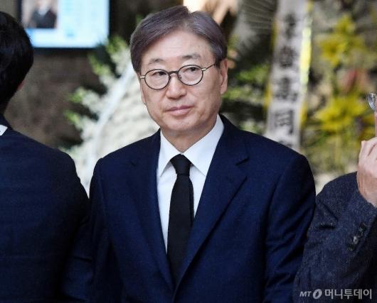 [사진]김우중 전 회장 빈소 찾은 윤부근 부회장