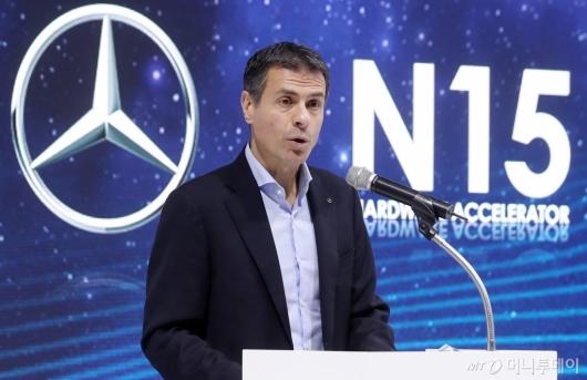 [사진]메르세데스-벤츠 '커넥티드카 스타트업 해커톤' 행사 개최