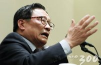 한국당, 박찬주 전 육군 대장 입당 허가