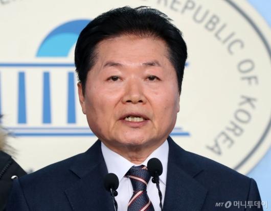 [사진]김병원 회장, 총선 출마 선언