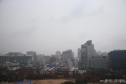 [사진]초미세먼지 가득한 서울 하늘
