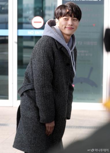[사진]김명수 '훈훈한 미소'