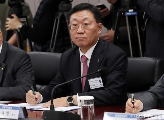 [사진]CEO 간담회 참석한 나재철 금투협회장